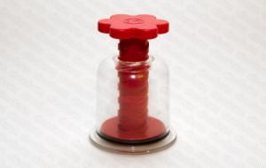 Банка массажная с винтом Красная Цветок диаметр основания 45 мм